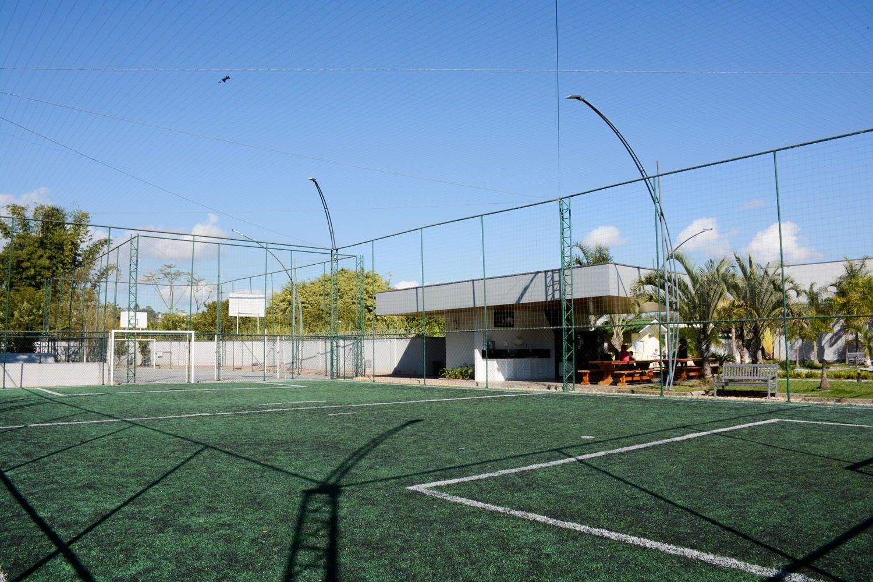 Campo de Futebol Riverside Residence